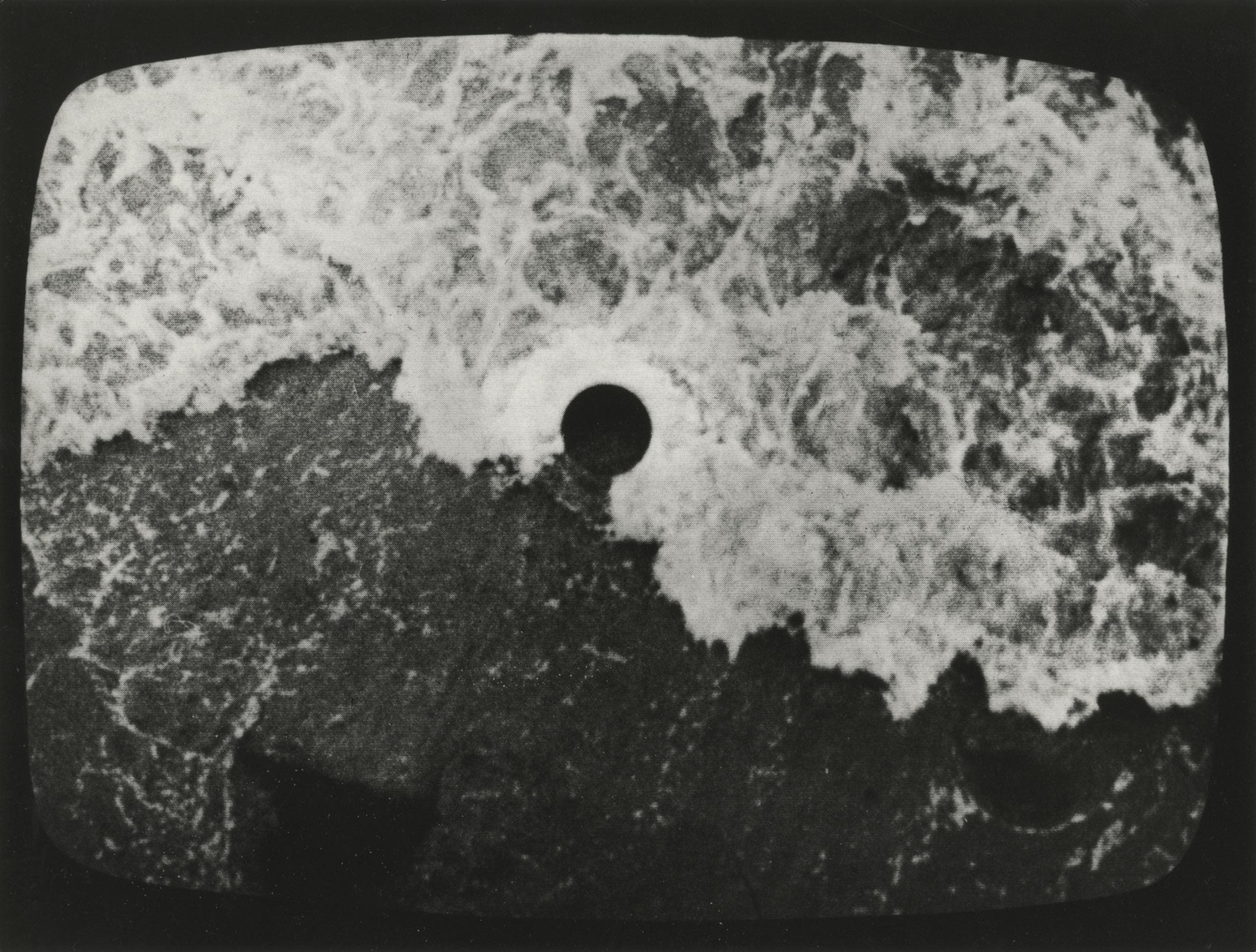 hole in the sea ➁